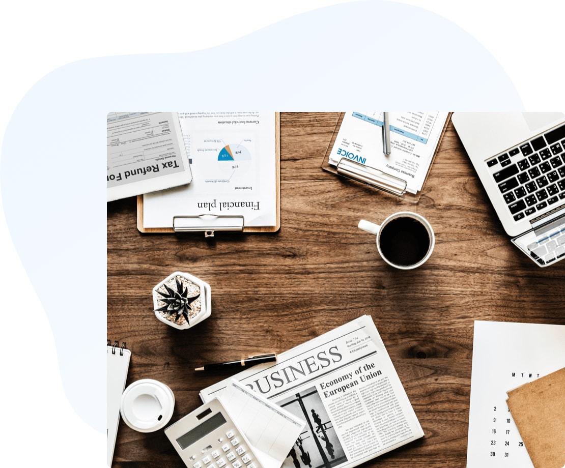 desk-coffee-min